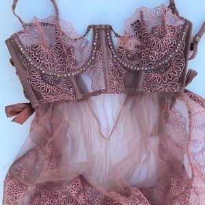 Victoria's Secret designer babydoll - 32D